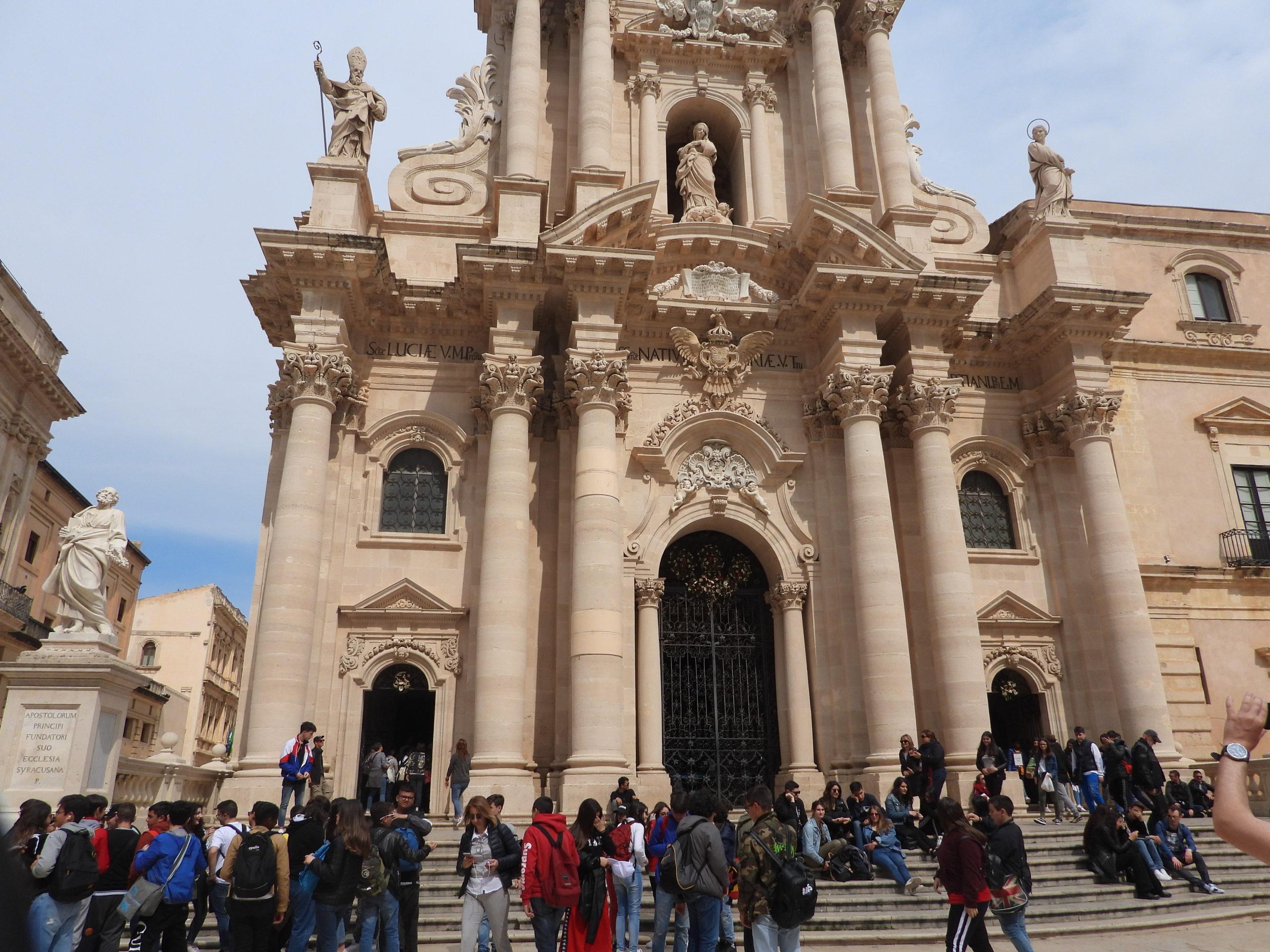 14 mai - ILE D'ORTIGIA - Piazza Duomo (4)